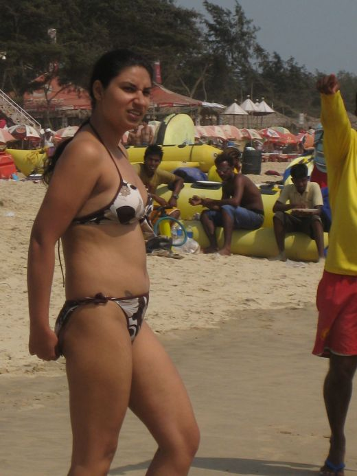 desi bikini girls at honeymoon