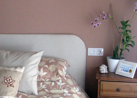 bordado punto cruz mesita noche decoracion dormitorio