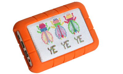 lacie rugged punto de cruz