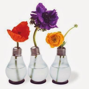 Creaciones con objetos reciclados 20080624112043-bombilla-florero