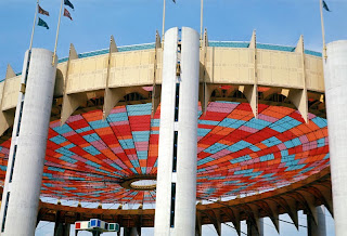 Looking at the derelict hulk of the New York State Pavilion as it stands rotting away in Queens today itu0027s hard to remember it as it once looked. & Worldu0027s Fair Photos: The Tent of Tomorrow as seen in the past