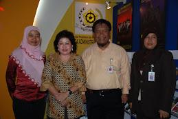 Pimpinan LAN Samarinda di Booth Stand LAN