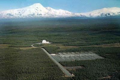 HAARP é sistema de armamento meteorológico / sísmico / de controlo mental