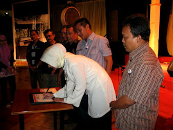 Menandatangani Kesepakatan Menjadikan Tangsel Pusat Cerdas dan Etika Moral, PITA Tangsel 2010