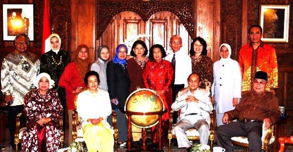 Presiden BJ Habibie Idolaku: Marissa Haque Fawzi