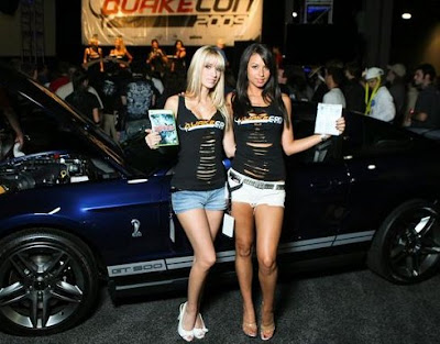 QuakeCon Booth Babes