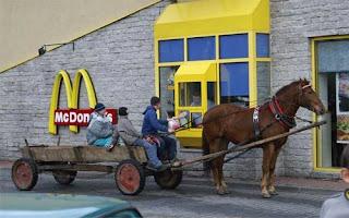 mcdonalds mac combo caballo