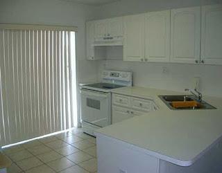 cocina de casa en renta en Doral Miami Florida