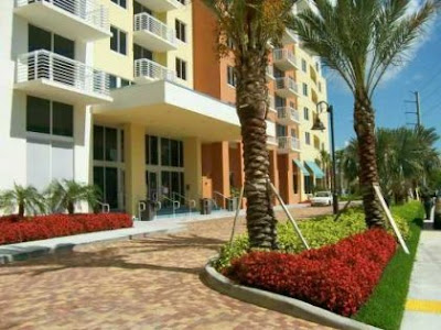 Bello apartamento en The Venture en Aventura Miami
