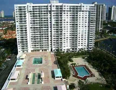 Apartamento en Aventura North Miami Beach con Canchas de Tennis y Piscina