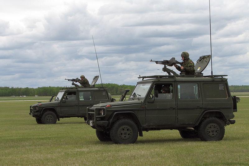 Christopher bevans mercedes benz military g class for Mercedes benz military vehicles
