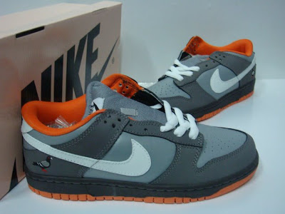 For the tween or teen on your list these dove grey & orange Nikes: