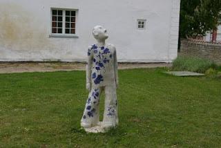 Welcome to Estonia - statue near Sagadi manor