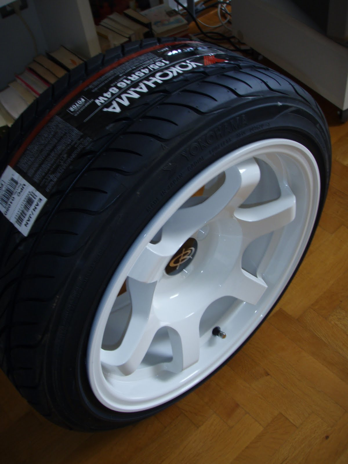 New arrival white rota grid drifts 16x8 with 195 45 yokos