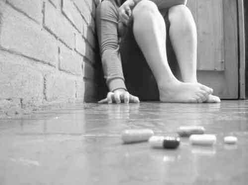 027 Psiquiatría - conocimientos.com.ve: MANEJO DEL PACIENTE SUICIDA ...