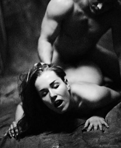 http://4.bp.blogspot.com/_DscLiYpg9zE/S8q39H0_pcI/AAAAAAAAAQs/REyJVaaX3hQ/s1600/erotic,lust,slave,bdsm,taken,couple-da83597fa4af04428a69b39163a4394a_h.jpg