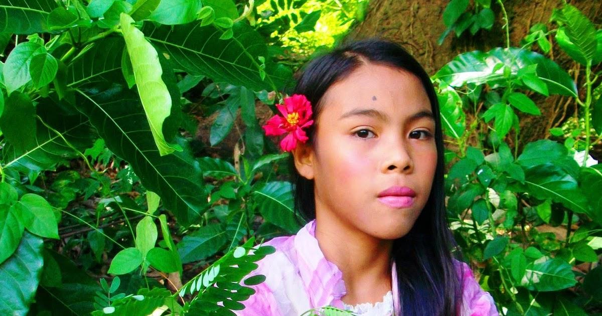 foto ko to native girl of mindoro philippines