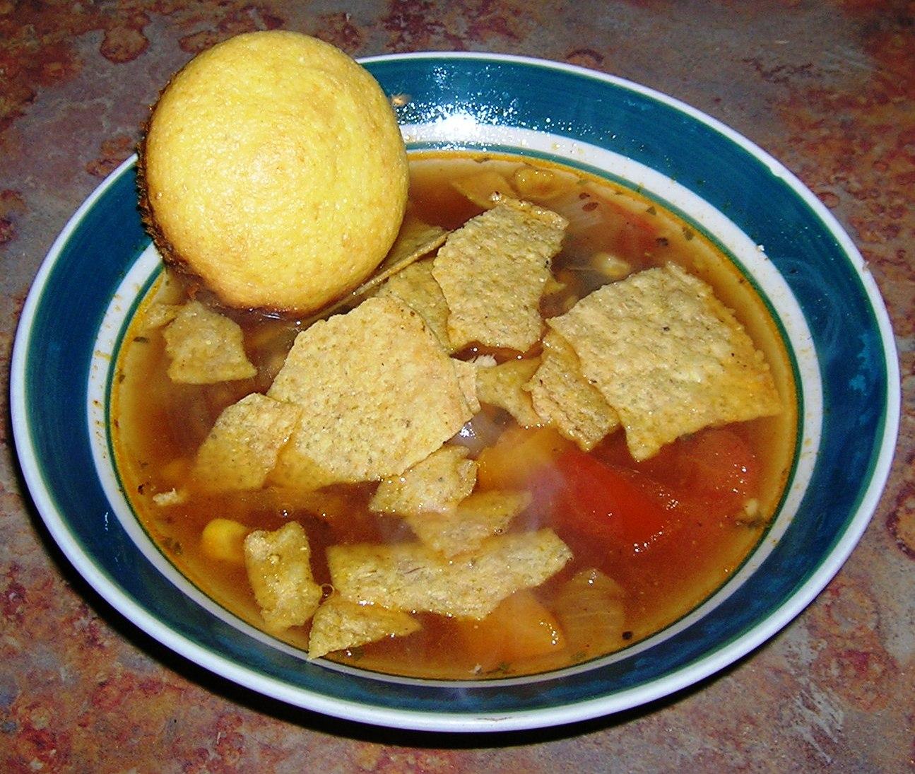 Cheap Cookin' Mama: Chicken & Black Bean Tortilla Soup