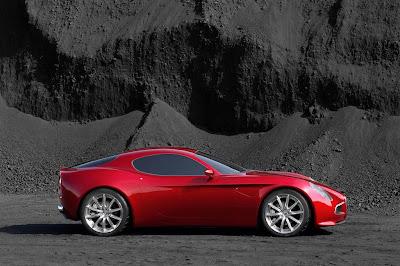 2009 Alfa Romeo 8C Side View