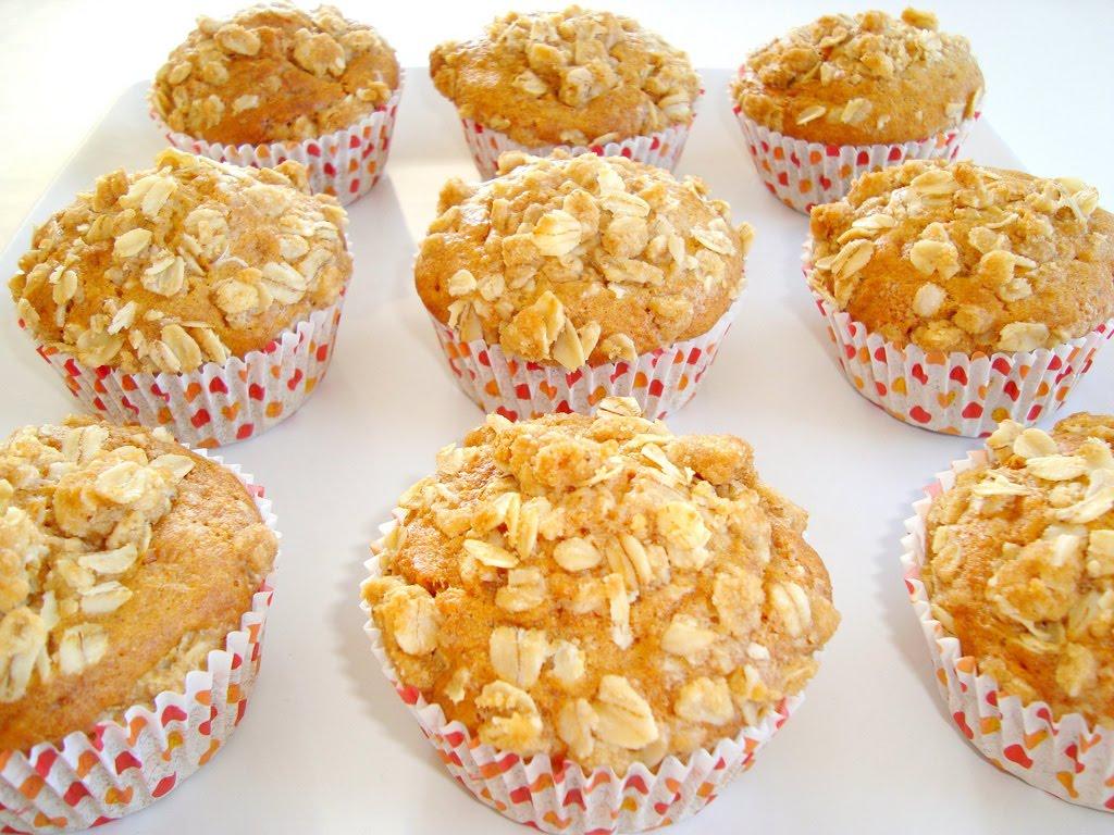 Paris Pastry: Crumb Cake Muffins