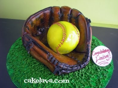 Cool Softball Birthday Cakes