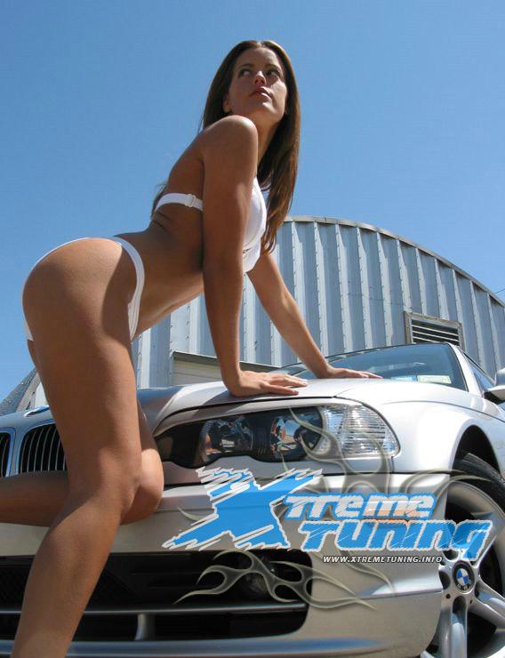 Set de Fotos – Autos (coches) y mujeres sexys – Tuning