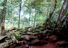 Makam keramat  gunung lingga-sumedang