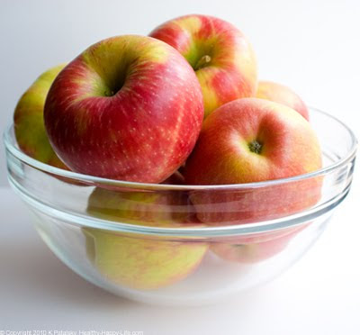 http://4.bp.blogspot.com/_Dwex9AQ8IuA/S3BCX042i4I/AAAAAAAARik/teWO3KtDrAg/s400/fresh-apple-honeycrisp-16.jpg