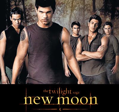 taylor lautners meaty new moon muscles controversy