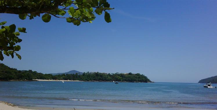 Praia do perequê Mirim com vista para a praia da Santa Rita