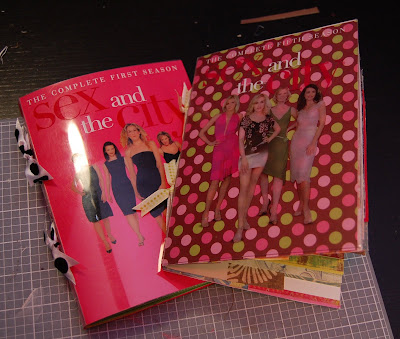lacylike tutorial turn your old dvd covers into mini albums lacy
