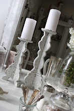 Vackra ljusstakar i shabby chic stil...