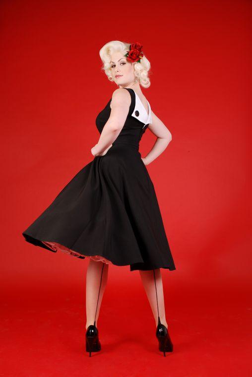 [bettie+page+dress]