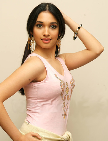 Tamannah hot mobile wallpapers