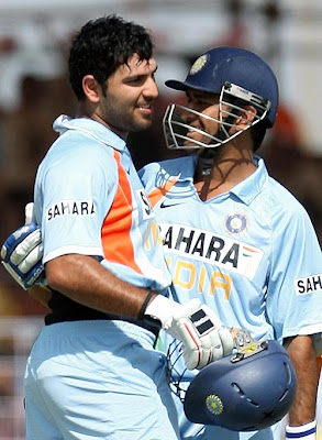 yuvraj singh and dhoni batting wallpapers