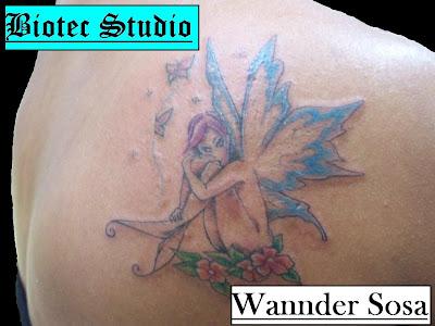 Biotec Studio - Tattoo e Body Piercing: Fada com flores e borboletas