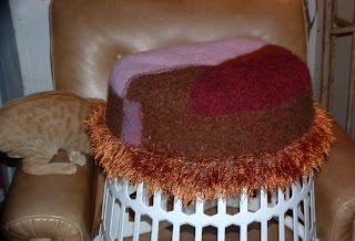 Knitting – Free Knitting Pattern, Shelby Cat Bed