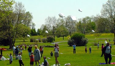 Fun Things To Do With Kids Go Fly A Kite At Longwood Gardens