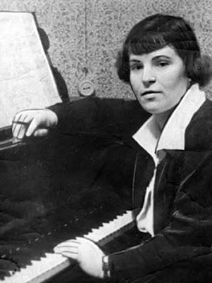 Galina Ustvoslkaya (1919-2006)