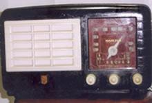 - Radio