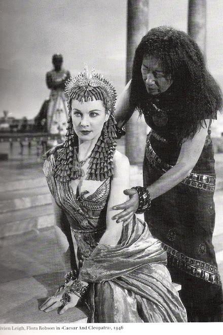 Figurino de Cleopatra: rainha do egito