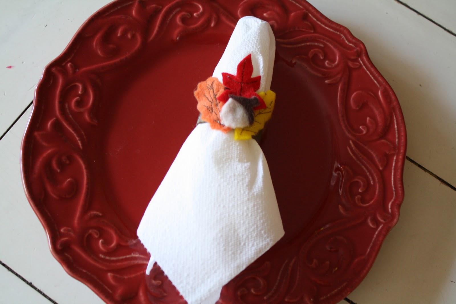Trisha b blog tutorial tuesday thanksgiving napkin rings for Napkin rings for thanksgiving