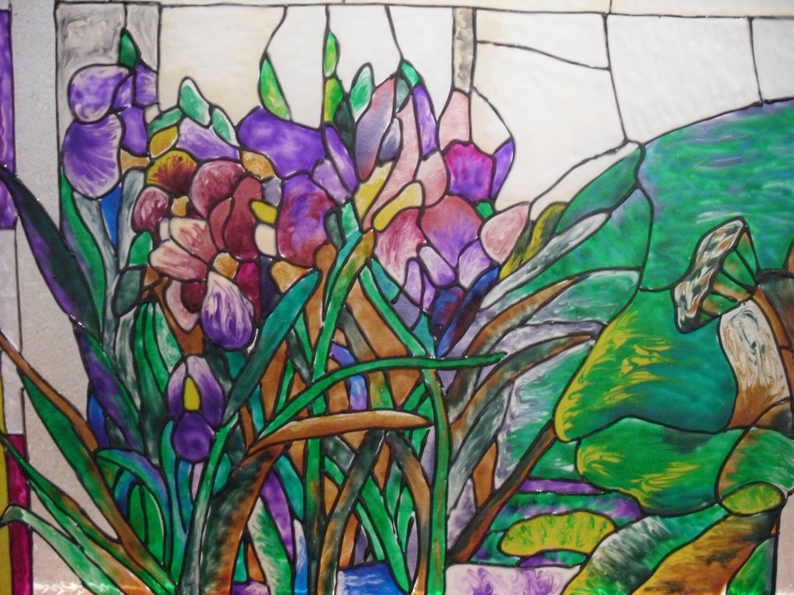 The gallery for stained glass painting designs flowers for Mural glass painting