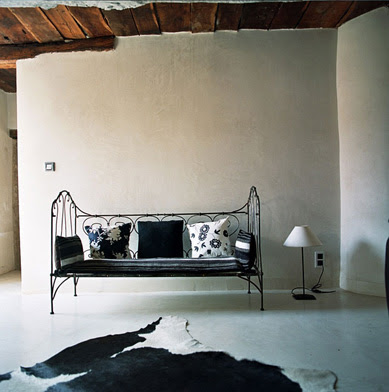 daybed in Aix-en-Provence, France via Shootfactory UK