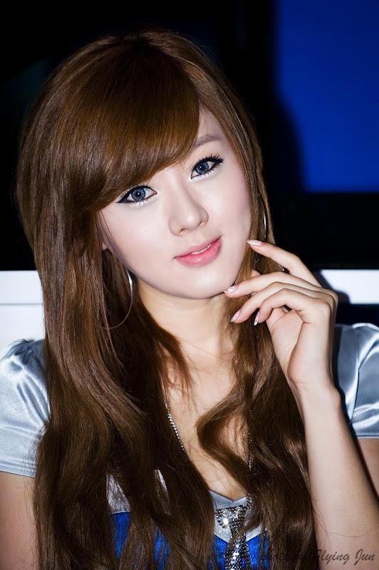 http://4.bp.blogspot.com/_E9lyntMnmCU/SvC88V3UHwI/AAAAAAAABec/tNU-BNYPOzc/s800/Hwang+Mi+Hee+1.jpg
