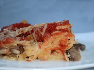 Bechamel Chicken Pasta  (Resep Bechamel Chicken Pasta)