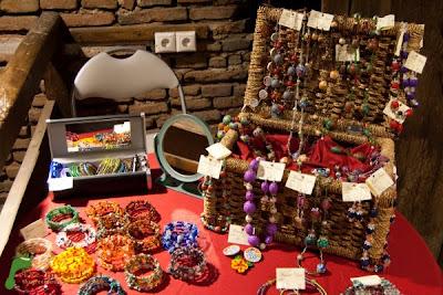 Art Boutique - Brose, bratari si lantisoare, cutii si cutioare de bijuterii