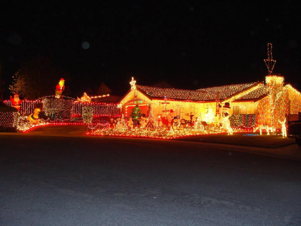 christmas lights house wallpaperschristmas lights house imageschristmas lights house imgchristmas lights house pictureschristmas lights house pic