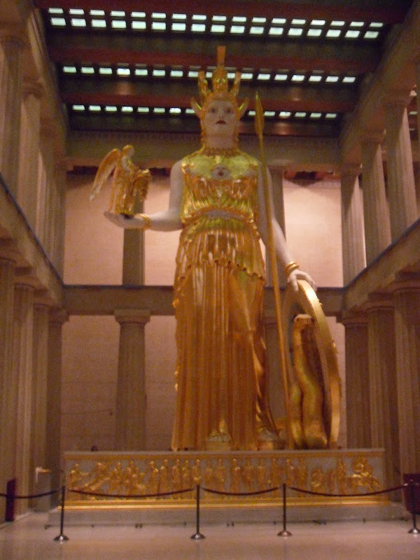 The interior has a recreation of the statue of Athena. Sculpted by  title=