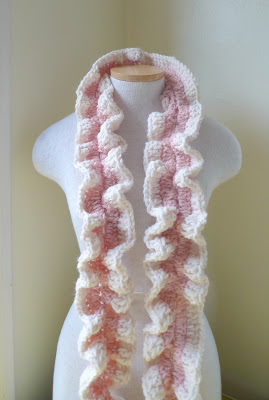 Ravelry: Ruffle Lace Scarf Tutorial pattern by Lyubava Crochet